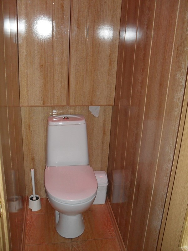 Ремонт панелями в маленьком туалете фото своими руками 352