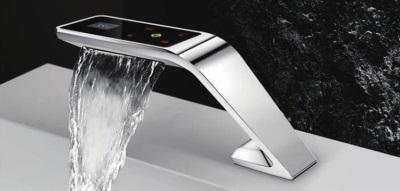 Электронный смеситель для ванной
