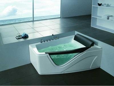 асимметричная ванна с гидромассажем