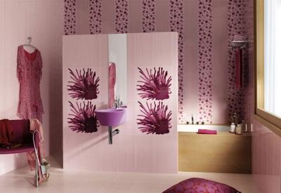Фиолетовый со светлыми оттенками в ванной