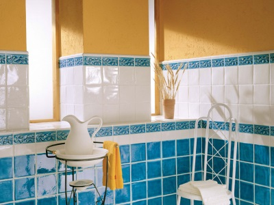 Голубо-оранжевая комната