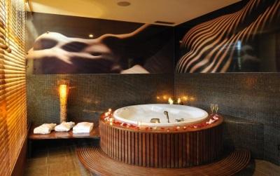 Романтичная коричневая ванная