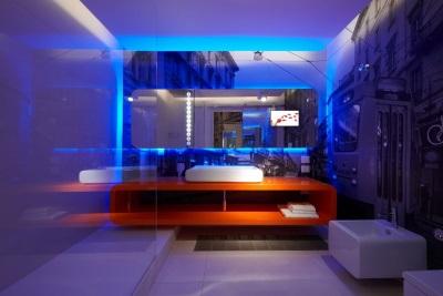 Оригинальная ванная с подсветкой