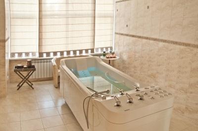 спа - гидромассажная ванна