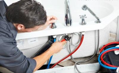 монтаж смесителя на борт ванны