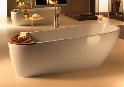 Красивая ванна из мрамора
