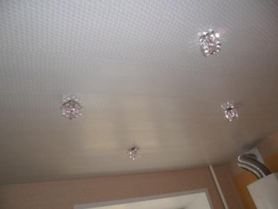 потолочные панели пластиковые