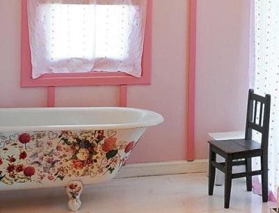 Ванна декорированная техникой декупаж