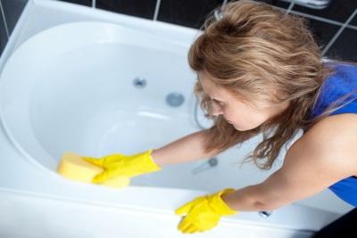 Уход за восстановленной акрилом ванной