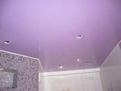 Светильники в конструкции натяжного потолка