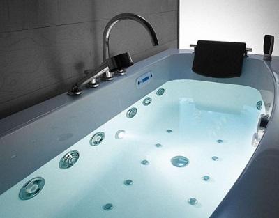 Проверка качества установки ванны