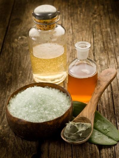 Соль и эфирное масло для ванны