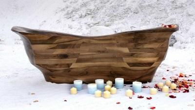 Стильная ванна из дерева