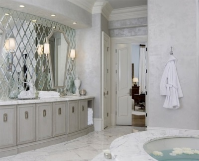 Зеркальные панно в ванной комнате