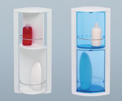 Пластиковые полки в ванной комнате