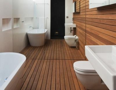 Стены в деревянной ванной