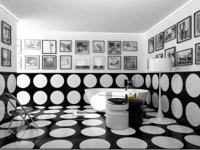 Интерьер черно-белой ванной