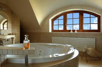 Расположение окна в ванной