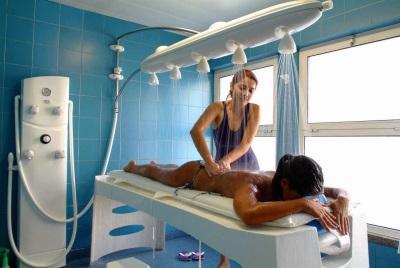 Душ Виши со специалистом - массаж