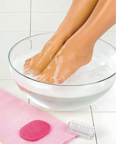 Ванна с содой для ног