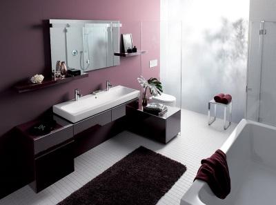Мебель в интерьере большой ванной комнаты