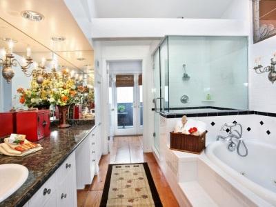Качественный гарнитур для ванной комнаты