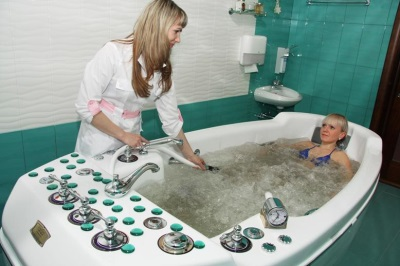 Подводный массаж в санатории