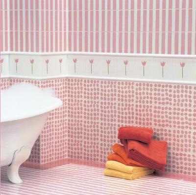 Нежно розовая ванная