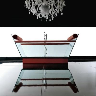 Стеклянная ванна Мило