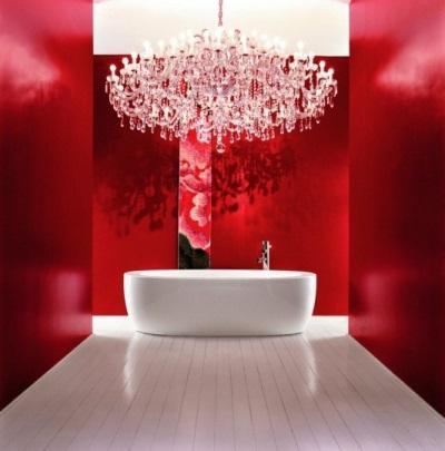 Бордовая плитка в ванной