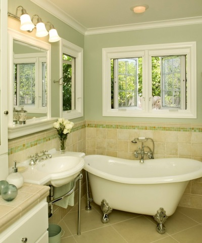 Маленькие уютные ванные комнаты