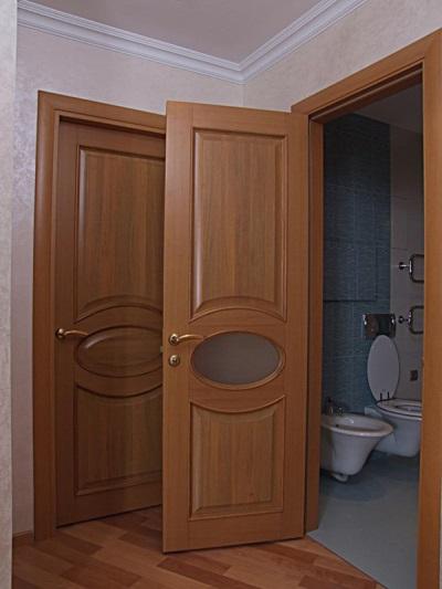 Двери в ванной из МДФ