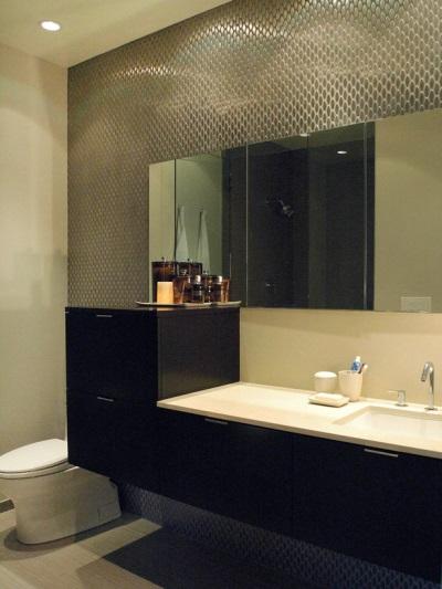 Металлическая плитка для ванной