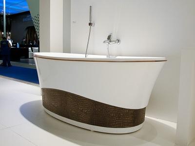 Акриловая ванна от компании Doctor Jet
