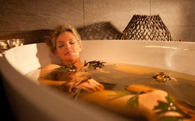 Успокаивающие травяные ванны