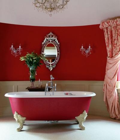 Чугунная красная ванна