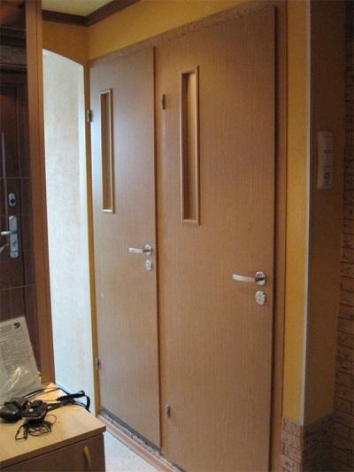Двери в ванную комнату и санузел