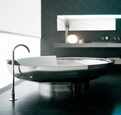 Стальная отдельностоящая ванна