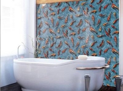 Экономичный ремонт в ванной обклеяной пленкой