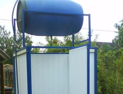 Естественный способ подогрева воды для душевой кабины на даче