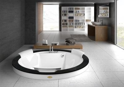 Встраиваемая в пол ванна