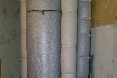 Пластиковые трубы в ванной комнате