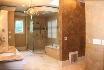 Уютные стены в ванной