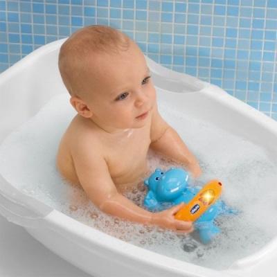 Игрушки для ванной для ребенка