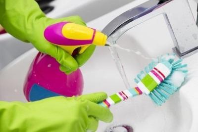Способы очистки туалетного ершика