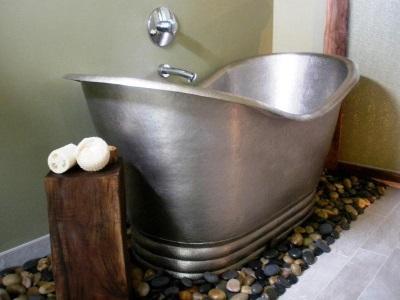 Недостатки металлической ванны