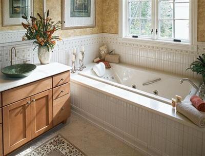 Самоклеящийся бордюр для ванны в ванной