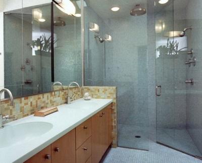 Советы по выбору стеклянных перегородок для ванной комнаты