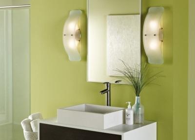 Размещение настенных светильников в ванной комнате