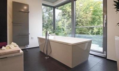 Особенности выбора отдельностоящей ванны